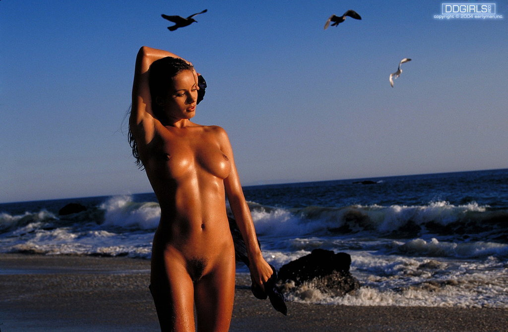 Daizy Haze In Glamour Nudes