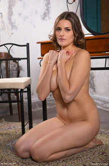Eva M Divine Beauty With A Perfect Body