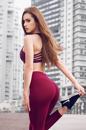 Pictures of Latina babe Yanet Garcia in different yoga pants